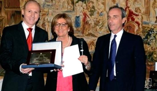 dr-gallardo-dentista-jaen-premios-nacionales