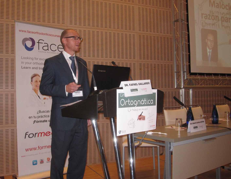 Conferencia sobre Cirugía Ortognática